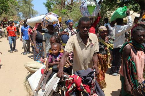 Ankunft von Flüchtlingen im Bezirk Metuge ©EstacioValoi
